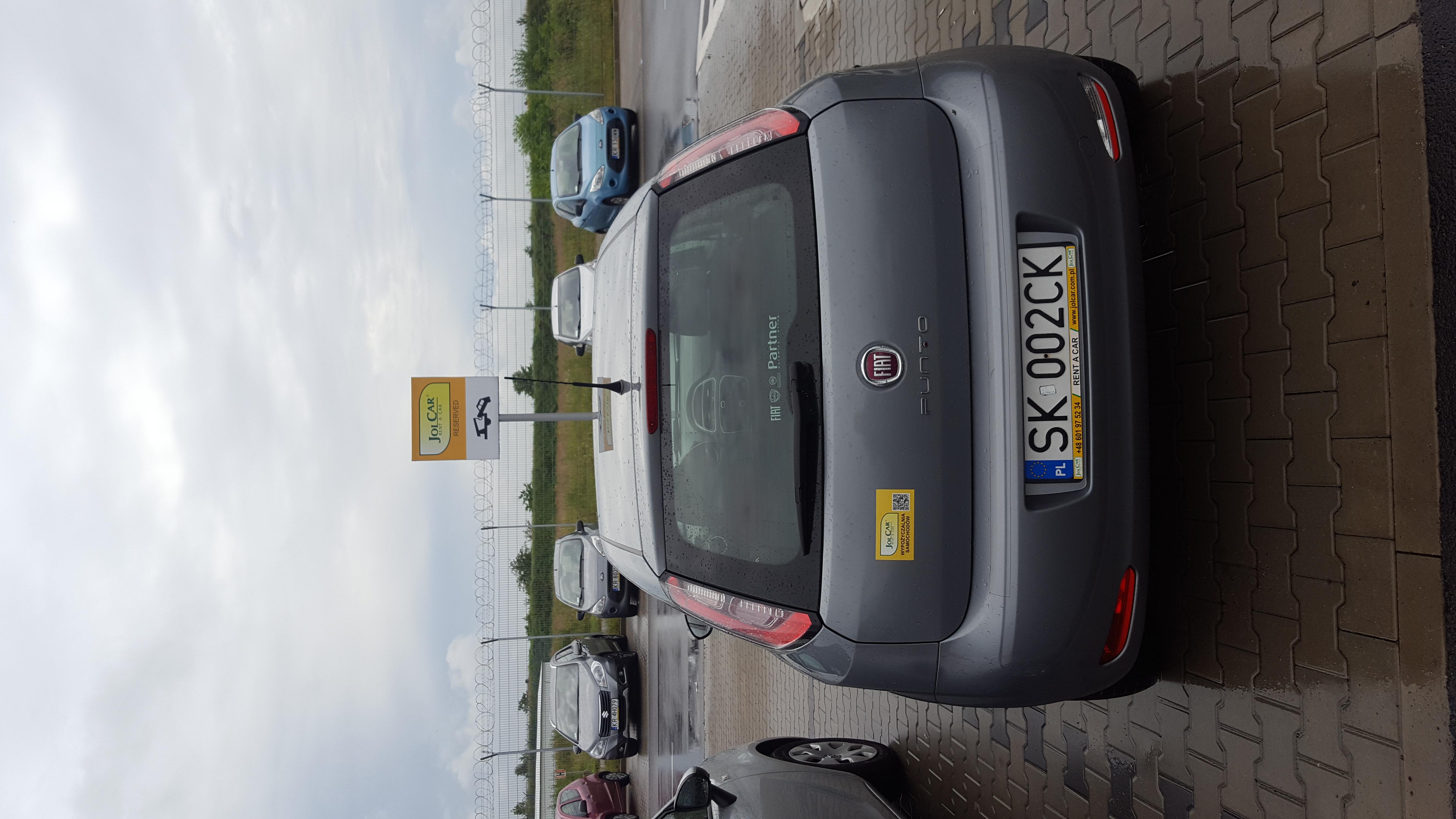 autowypożyczalnia,wypożyczalnia samochodów Kraków,samochód z kierowcą